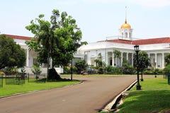 Präsidentenpalast in Bogor, Indonesien lizenzfreies stockbild
