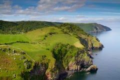 Près de Lynton Lynmouth la vallée des roches Devon Photographie stock libre de droits