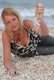 près du femme de mer Photographie stock libre de droits