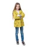 Préadolescent dans des vêtements sport, d'isolement sur le fond blanc photos libres de droits