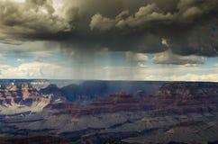 Précipitations sur le canyon Images libres de droits