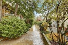 Prédio de apartamentos exterior em Bellevue Imagem de Stock Royalty Free