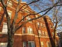 Prédio de apartamentos no inverno Imagem de Stock Royalty Free