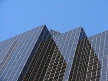 Prédio de escritórios 2 do negócio Fotografia de Stock Royalty Free