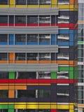 Prédio de escritórios colorido Fotografia de Stock Royalty Free