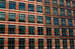 Prédio de escritórios da cidade Fotos de Stock