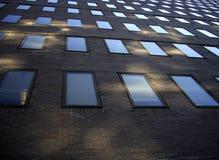 Prédio de escritórios da parede dianteira Foto de Stock Royalty Free