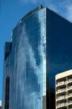 Prédio de escritórios de vidro na cidade, Sydney fotos de stock