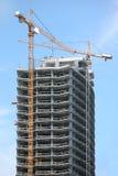 Prédio de escritórios do Highrise Fotos de Stock Royalty Free