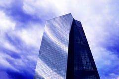 Prédio de escritórios grande do vidro Fotografia de Stock