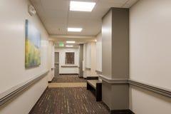 Prédio de escritórios Hallwayl Imagem de Stock Royalty Free