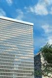 Prédio de escritórios moderno Fotografia de Stock