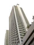 Prédios de apartamentos altos novos da elevação Foto de Stock