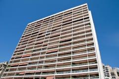 Prédios de apartamentos longos em Monte - Carlo fotografia de stock royalty free