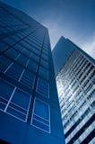 Prédios de escritórios azuis Foto de Stock