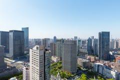 Prédios de escritórios modernos em Shanghai imagem de stock