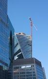 Prédios de escritórios sob a construção imagens de stock