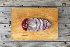 Préparation découpée en tranches d'oignon Photo stock