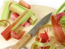 Préparation de la rhubarbe Images stock