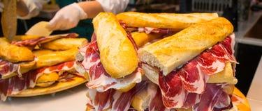 Préparation de sandwich, le meilleur dans le monde photo stock
