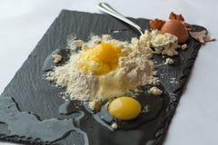 Préparation des gâteaux au fromage, Uglich, Russie Images libres de droits
