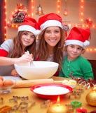 Préparation heureuse à Noël Photo stock