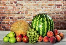 Préparation organique fraîche de fruits images libres de droits