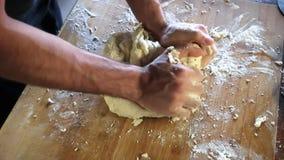 Préparation pour la pizza italienne banque de vidéos