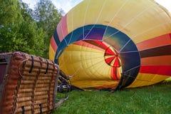 Préparation pour le lancement d'un ballon image libre de droits