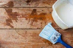 Préparation pour peindre le plancher Image libre de droits