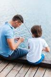 Préparer la tige pour la pêche Photos libres de droits