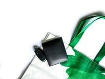 Préparez le panier quand vous allez faire des emplettes pour réduire l'utilisation de sac réduisez le réchauffement global Images stock
