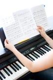 Préparez pour jouer le clavier Photo libre de droits