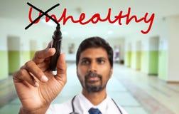 Préposition malsaine de croisement indien de docteur photographie stock libre de droits