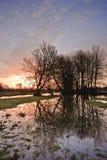 Prés est de l'eau de Harnham. Photos stock
