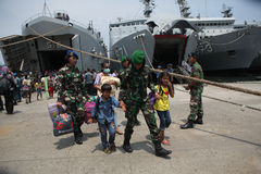 présence illégale et lui idéologies déviantes en Indonésie Photos stock