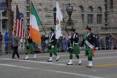 Présentateurs de drapeau du défilé 2017 de jour du ` s de St Patrick Image stock