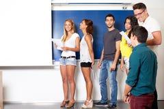 Présentation dans la salle de classe image libre de droits