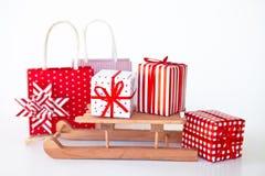 Présents colorés pour Noël Photo stock