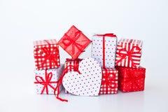 Présents colorés pour Noël Photo libre de droits
