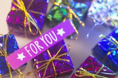 Présents de célébration de fête de Noël Photographie stock libre de droits
