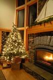 Présents sous l'arbre de Noël Photos libres de droits