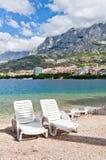 Présidences de plage, Makarska, Croatie Image stock