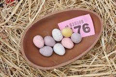 Prêmio do ovo da páscoa do chocolate Fotos de Stock Royalty Free