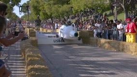 Prêmio grande da raça do Soapbox de 3 Red Bull em Lisboa vídeos de arquivo