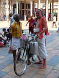 Prêtre chez Shiva Temple, Chidambaram, Tamil Nadu, Inde Image stock