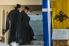 Prêtres grecs d'othodox image libre de droits
