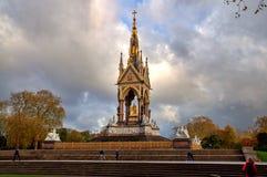 Príncipe Albert Memorial en Londres - Gran Bretaña Imagenes de archivo
