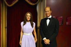 Príncipe Williams e Kate Middleton na senhora Tussauds de Manhattan foto de stock royalty free