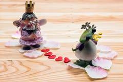 príncipe y princesa, tarjeta del día de San Valentín del ángel y de la rana Fotos de archivo libres de regalías